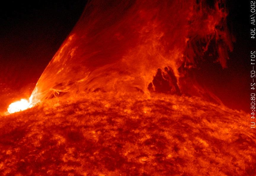 monster-solar-flare-feb24-2011