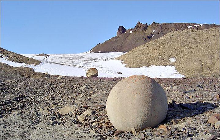mysterious-stone-spheres-arctic-island